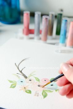 Watercolor Antlers with Flowers using Gelatos® pigments || great diy home decor