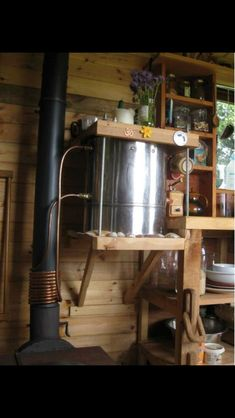 Wood stove / water heater