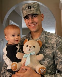 Cuddletunes offers a 50% discount to all military families which can be redeemed through their website. Additionally, Cuddletunes bears are delivered free of shipping charges within the US and to any military post.