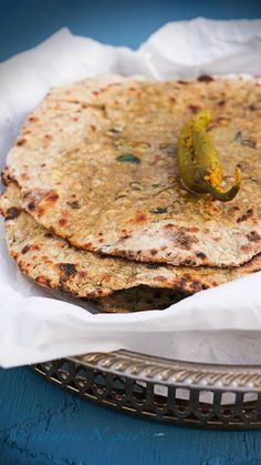 Turmeric n spice: Spelt Flour and Lentil Paratha/Flat Bread. Pinning for spices! Indian Beef Recipes, Goan Recipes, Vegetarian Recipes, Vitamix Recipes, Vegan Vegetarian, Paratha Bread, Lentil Flour, Spelt Flour, Spelt Bread