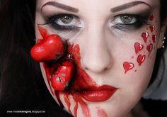 Miss von Xtravaganz Diy Costumes, Halloween Costumes, Halloween Ideas, Halloween Face Makeup, Hearts, Make Up, Valentines, Lifestyle, Regensburg