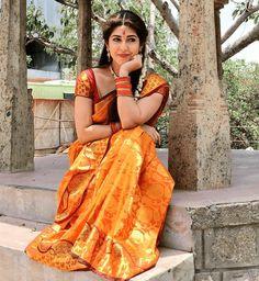 South Indian Actress ACTRESS KIARA ADVANI HD IMAGES GALLERY PHOTO GALLERY  | PBS.TWIMG.COM  #EDUCRATSWEB 2020-05-11 pbs.twimg.com https://pbs.twimg.com/media/D-7zo66UIAEtFL3.jpg