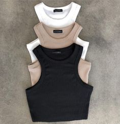 Cute Lazy Outfits, Crop Top Outfits, Sporty Outfits, Pretty Outfits, Summer Outfits, Girls Fashion Clothes, Teen Fashion Outfits, Girl Outfits, Style Outfits