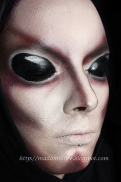 Alien make-up