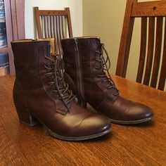 Frye Courtney lace up boots Light wear with just a few minor scuffs.  Very comfortable boot.  Dark brown. Frye Shoes Lace Up Boots
