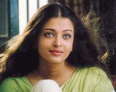 Aishwarya Rai Young, Aishwarya Rai Images, Aishwarya Rai Photo, Actress Aishwarya Rai, Aishwarya Rai Bachchan, Vintage Bollywood, Indian Actresses, Beautiful Women, Celebrities