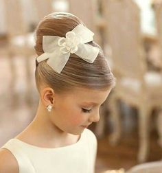 50 First Communion Hairstyles Ideas Nis 2017 admin Kurzhaar Frisuren 0 Both boys and girls should feel spoiled on such an important day and an . Cute Little Girl Hairstyles, Flower Girl Hairstyles, Cute Hairstyles, Teenage Hairstyles, Hairstyle Ideas, Beautiful Hairstyles, Little Girl Wedding Hairstyles, Little Girl Updo, Updos For Little Girls