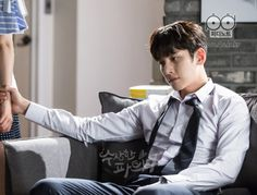"[Drama] More breath-holding stills and behind-scenes from ""Suspicious Partner"" Suspicious Partner Kdrama, Who Are You School 2015, Empress Ki, W Two Worlds, Mood And Tone, Ji Chang Wook, Second World, Drama Movies, Best Couple"