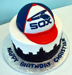 Chicago White Sox Cake by Simply Sweet Creations (www.simplysweetonline.com)
