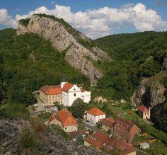 John Under Rock) in Bohemian Karst, Czechia Prague, Heart Of Europe, Travel Magazines, Eastern Europe, Nature Photos, Czech Republic, Vacation, Mansions, Landscape