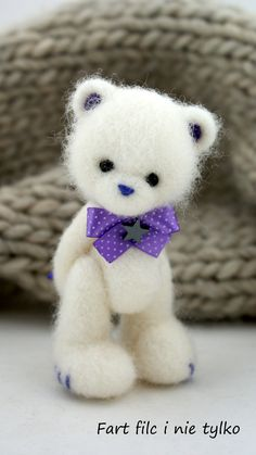 *NEEDLE FELTED ART ~ Bear. This one is very charming!