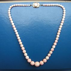 312f83fa0604 ANTIQUE VINTAGE PINK NATURAL CORAL NECKLACE GOLD CLASP 58 Cm Large Ball 16mm