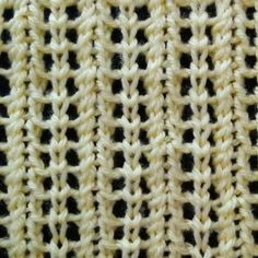 Vertical Feathered Lace Stitch - Purl Avenue
