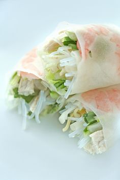 Vietnamese summer rolls.  LOVE. LOVE. LOVE. now i need some peanut sauce.....