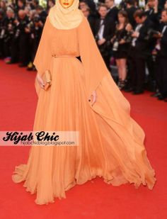 Dress: Elie Saab / #Hijab: Bokitta