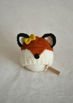 Another fox design in the shop. This newborn size hat is handmade with soft orange, cream and black yarn, with a plastic black button for a nose. And if you like, a bow can be added to your little fox. Just make sure to mark yes or no to the bow. This little fox hat is ready to ship!  ♥ NEWBORN size will fit approx. 11 to 15 inch head circumference. Hat is 4.5 inches from top to bottom.  ♥ handmade in a smoke and pet free home  ♥ hand wash and lay flat to dry if needed.  ♥ Please do not…