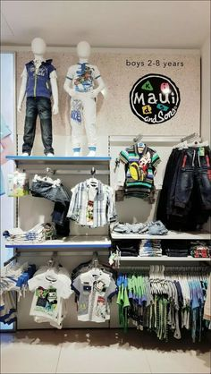 Kids Clothing 72: Fashion Trends in Kid Clothes Beverly Hills * inspiratifdesign.com Clothing Store Displays, Clothing Store Design, Kids Clothing, Kids Boutique, Boutique Design, Kids Store Display, Denim Display, Visual Merchandising Displays, Store Image