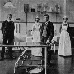 Middlesex hospital circa 1910 London OR Male Nurse, Vintage Nurse, Nurse Stuff, Vintage London, School Pictures, World War One, Nightingale, Titanic, Nurses