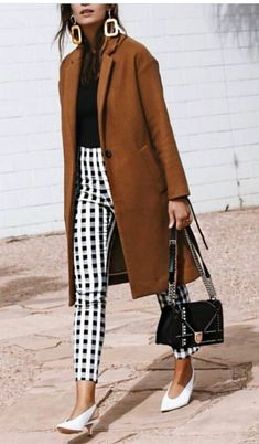 Fall Street Style Outfits to Inspire Herbst Street Style / Fashion Week Street Style Street Style Outfits, Mode Outfits, Fashion Outfits, Fall Outfits, Fashion Ideas, Street Outfit, Street Style 2018, Diy Fashion, Fashion Shoes