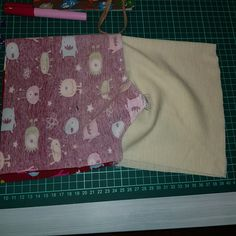 Hvordan sy Norlin lue – LiJeSto.com Picnic Blanket, Outdoor Blanket, Picnic Quilt