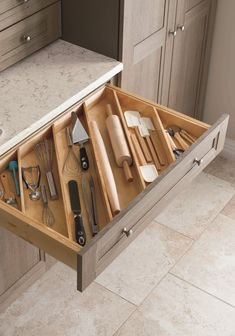 Great ideas for kitchen solutions! Angled drawer dividers make it easy to store longer utensils, like rolling pins, and free up valuable countertop space. Shop more kitchen solutions from Martha Stewart Living at The Home Depot. Kitchen Ikea, Farmhouse Kitchen Cabinets, Diy Kitchen Storage, Kitchen Cabinet Organization, Home Organization, Kitchen Decor, Smart Kitchen, Cabinet Ideas, Kitchen Drawers