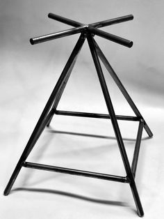Metal Projects, Welding Projects, Welding Ideas, Blacksmith Projects, Fire Pit Grate, Fire Pits, Fire Pit Log Holder, Fire Pit Stand, Fire Pit Swings
