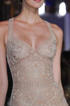 142 details photos of Zuhair Murad at Couture Spring 2013.