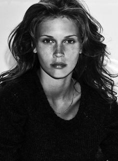 Marine Vacth (1991) is a French actress and model ⭐️⭐️⭐️⭐️