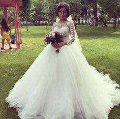 Find More Wedding Dresses Information about Hot !!Sexy 2015 Ball Gown Wedding Dresses With Long Sleeve Lace Dubai  Bridal Gowns Robe de Mariage Vestido de Noiva a52,High Quality dress pleated,China dresse Suppliers, Cheap dress cartoon from Romantic bride wedding dress Suzhou Co., Ltd. on Aliexpress.com