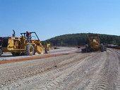construcción y mantenimiento de obras de infraestructura carretera, aeroportuarias, urbana e industria