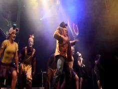 """Netinho cantando """"Bate Tum Tum Tum"""" - Circo Voador - Rio de Janeiro -19 de novembro de 2012"""