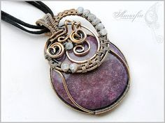 Wirewrapped stone pendant by amorfia