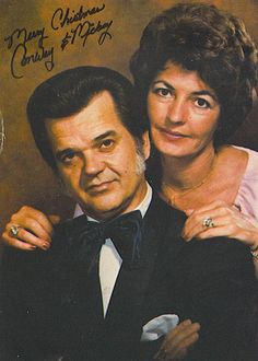 Conway married Mickey twice, 1955 and again in Country Music Lyrics, Country Music Artists, Country Music Stars, Country Songs, Country Western Singers, Country Hits, Loretta Lynn, Gospel Music, Music Songs