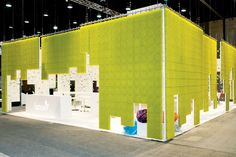 For the 2011 ABC Kids Expo in Louisville, Global Experience Specialists used client Boon's idea to create walls...