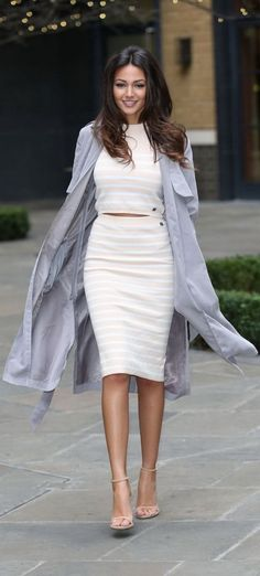 d9c1e18dbe 52 Great Michelle Keegan Street Style Outfits  styleestate Work Fashion
