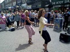 kiss on the lips - The dualers - romford (dancing girls .this clip is priceless, great fun in the Sun , Essex stylie ! Love it and The Dualers. Reggae Music, My Music, Two Girls, Girls Fun, Dancing Girls, Kissing Lips, Separate Ways, Knee Up, Northern Soul