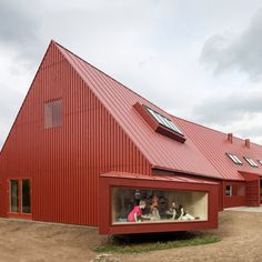 The goal of Youth Center Roskilde is to create a flexible , varied daily life space for children and adults. The Roskilde-based architect Cornelius + Vöge Red Architecture, Amazing Architecture, Contemporary Architecture, Roof Cladding, Timber Roof, Youth Center, Unique Buildings, Interior Exterior, Cabana