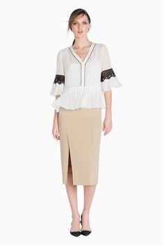 www.twinset.com en-GB pleated-blouse-p8901?s=S&c=5
