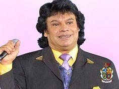 """TURISMO EN CIUDAD JUÁREZ TE DICE Alberto Aguilera """"Juan Gabriel"""" nació el 7 de enero de 1959 en Páscuaro, Michoacán. Al trasladarse a Ciudad Juárez. A la edad de 4 años  ingresó como interno a la Escuela de Mejoramiento Social para Menores, en donde permaneció por 8 años. En 1966 debutó como cantante en el """"Noa Noa"""". En 1971 grabó su primer disco que contuvo éxitos como """"No tengo dinero"""". A través de los años ha ido creciendo su éxito como canta-autor. www.turismoenciudadjuarez.com"""