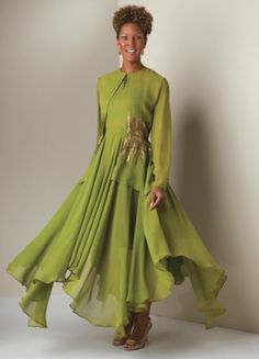 Gorgeous color and sequin details. Women's Clothes, Clothes For Women, Green Goddess, Dressed To The Nines, Queen, Bride Dresses, Event Ideas, Jacket Dress, Bold Colors