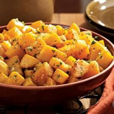 Oven-Roasted Squash with Garlic & Parsley :Winter squash becomes tender and sweeter when roasted—a delicious side for a holiday dinner. Thanksgiving Side Dishes, Thanksgiving Recipes, Thanksgiving 2013, Vegetable Side Dishes, Vegetable Recipes, Oven Roasted Squash, Baked Squash, Parsley Recipes, Vegan Recipes