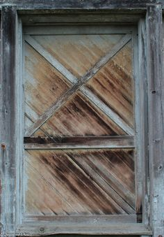 old barn doors, Fort Steilacoom park wa   https://www.flickr.com/photos/132849904@N08/shares/3E3Yd3 | estelle greenleaf's photos