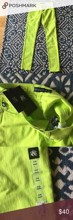 ROCK AND REPUBLIC BERLIN SKINNY JEANS In excellent condition, new with tags, and from a smoke free environment. The color is margarita, which I love! Ask all questions before purchasing. Please no trade offers or lowballing. Happy Poshing! Rock & Republic Pants