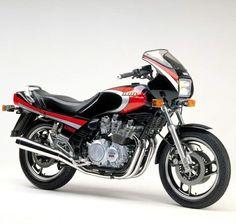 Yamaha XJ 900R Seca (1983)