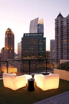 A romantic rooftop evening | LadyLuxury