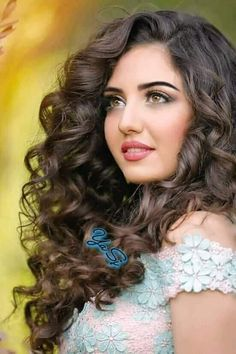 Sortbeauty-Shop over 10000 products including make up, skin care, hair care and nail colours,all about women men beauty. Beautiful Girl Photo, Beautiful Girl Indian, Most Beautiful Indian Actress, Beautiful Actresses, Beautiful Women, Most Beautiful Faces, Gorgeous Eyes, Stunningly Beautiful, Beautiful Pictures