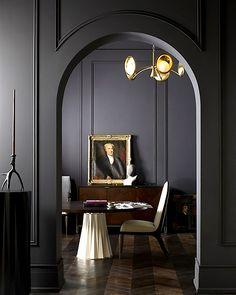 «Король декораторов», большая звезда, главный ньюсмейкер апреля - Денио презентовал в шоу-руме Baker свою новую коллекцию.
