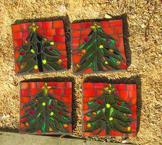Mosaic Crafts, Mosaic Projects, Mosaic Ideas, Mosaic Designs, Mosaic Art, Mosaic Glass, Christmas Mosaics, Stained Glass Christmas, Glass Christmas Tree