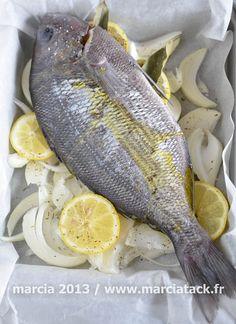 Les cuissons les plus simples sont souvent les meilleures pour les poissons, comme avec cette recette de dorade au four