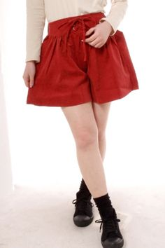 MOMO Red waist lace up culottes
